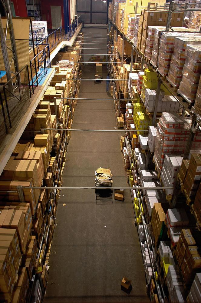Kenderaan & Equipment Untuk Warehouses