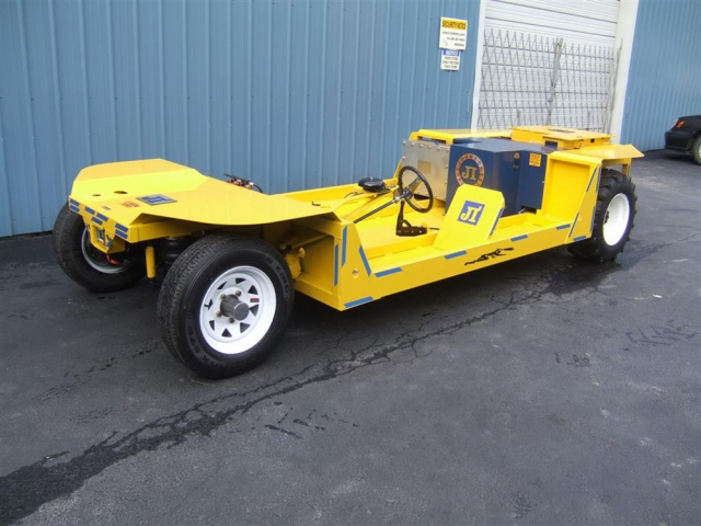 AC Yellow Jacket - Tilladt 8 Man Capacity Electric Mining Vehicle